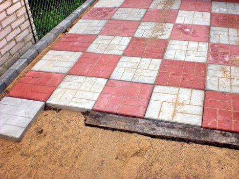 Фото тротуарной плитки во дворе