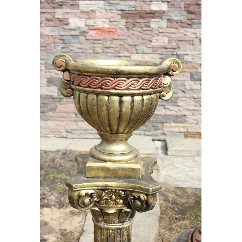 Декоративный вазон бетонный Греческий с орнаментом