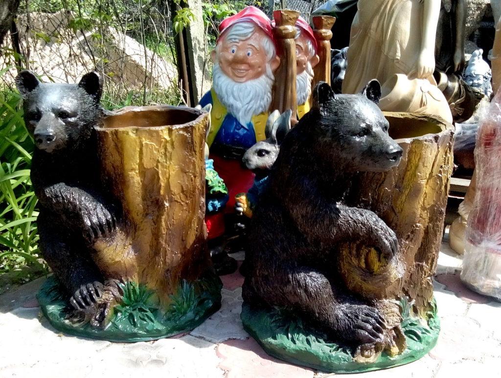 медведь с кадкой