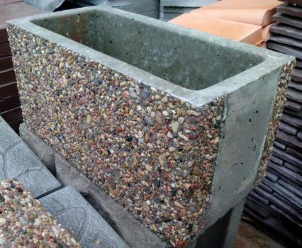 Бетонные блоки для забора, офактуренные камнем