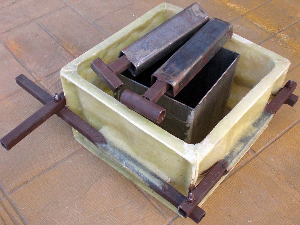 Сделать форму для столбовых блоков своими руками7