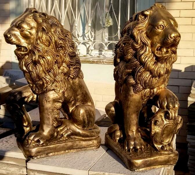 фигура льва черный+золото
