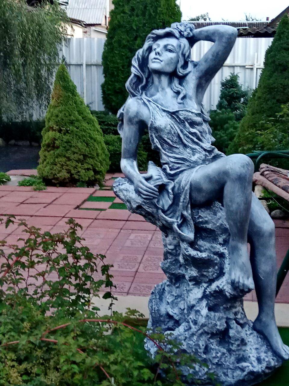 Афродита в саду