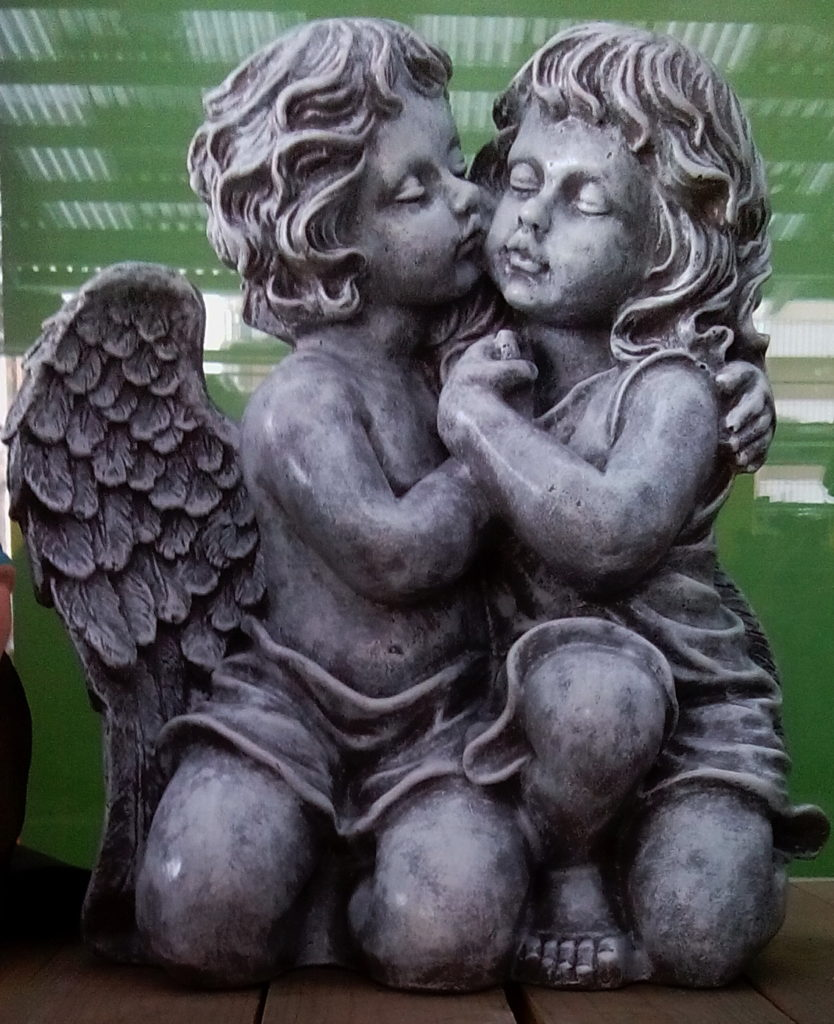фигурки ангелов из полистоуна